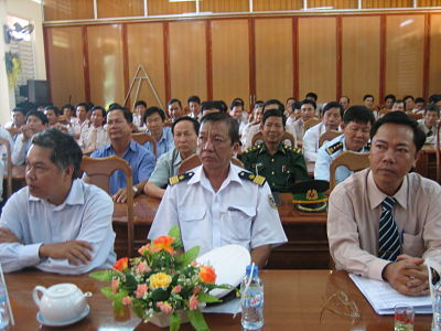 Lễ công bố quyết định của cục Hàng Hải Việt Nam về việc đưa hai bến phao MT-7 và MT-8 vào sử dụng